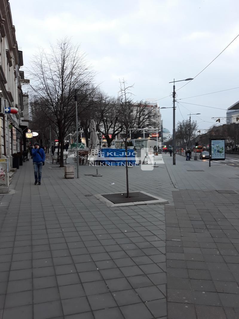 Stan Prodaja BEOGRAD Vračar Cvetni Trg