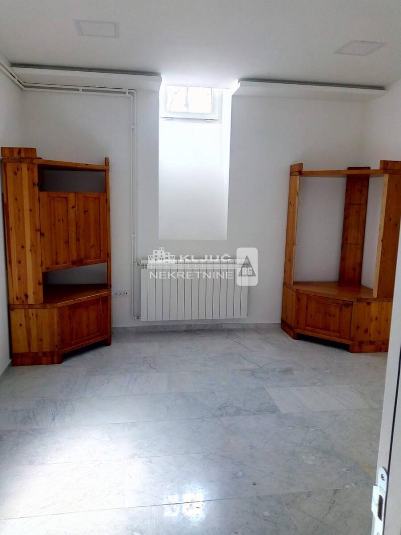Poslovni prostor Prodaja BEOGRAD Stari Grad Bajlonijeva pijaca