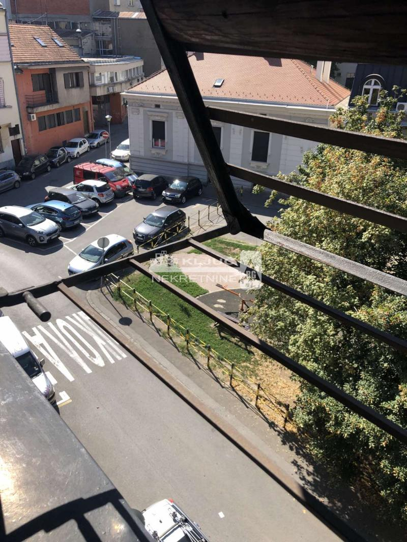 Stan Prodaja BEOGRAD Stari Grad Kopitareva gradina
